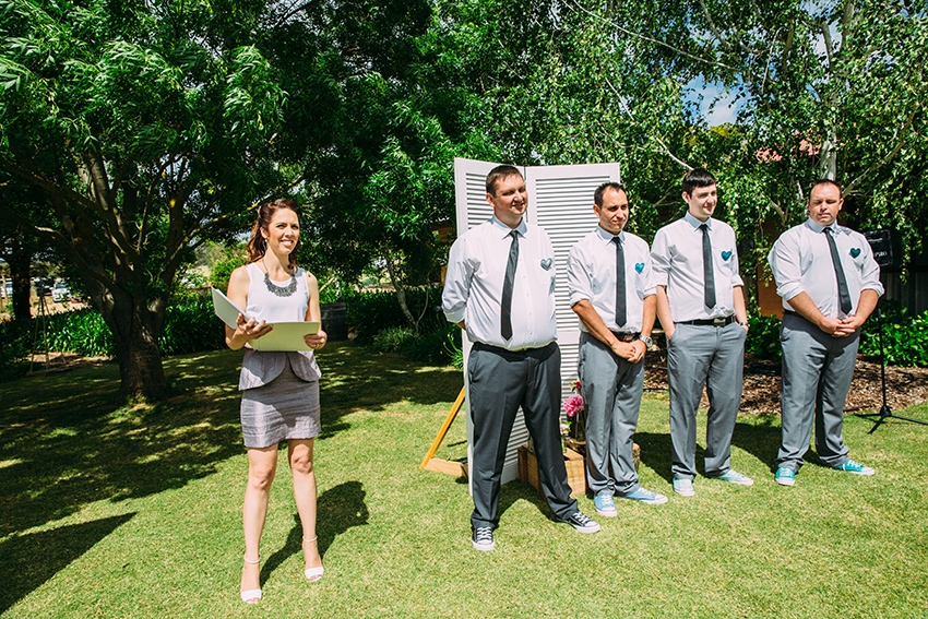 Vicky Flanegan Marriage Celebrant, Wedding, Modern Celebrant Adelaide, Marriage Celebrant, Adelaide marriage celrbant, local celebrant, fleurieu wedding, McLaren Vale wedding, modern celebrant, celerbant, relaxed wedding, fun wedding, newlyweds